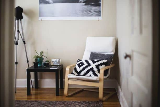 zigzag lines in living space on pillow in chair