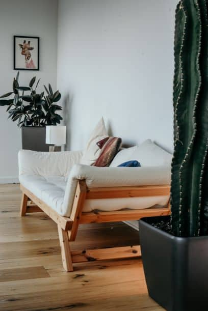 spatial balance using multifunctional sofa bed