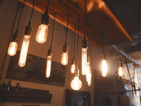 Various Edison bulbs in alternating shapes