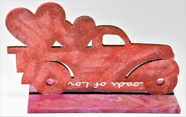 Valentine's Day Decoration Idea - Acrylic Pouring Truck with hearts in back