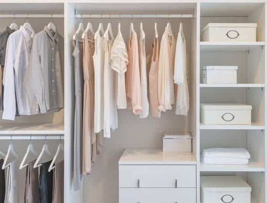 Organized Closet to make home look better