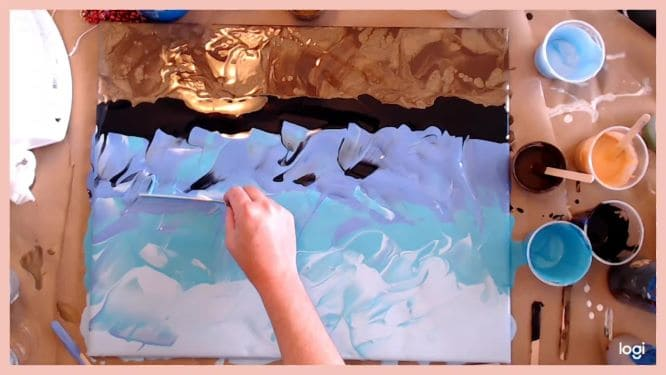 painting the water of an underwater painting